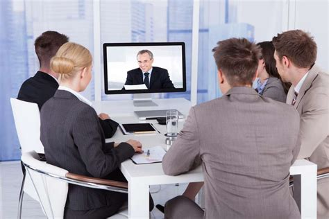 Réussir Un Entretien Skype by Comment R 233 Ussir Entretien D Embauche Vid 233 O En 3 233