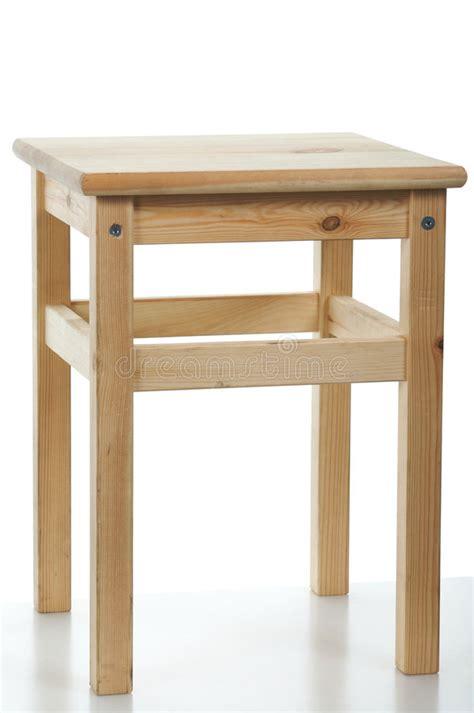 driepoot stoel hout interesting download houten kruk stock afbeelding