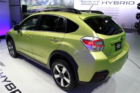 subaru light green subaru xv crosstrek hybrid unveiled at the 2013 york