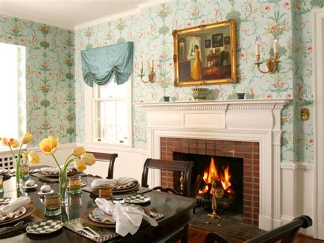 a thanksgiving dining room makeover hgtv traditional thanksgiving decorating ideas hgtv