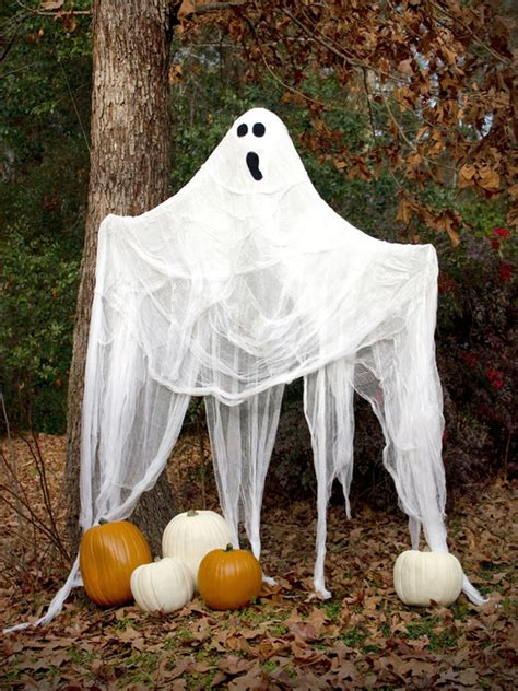 how to make easy halloween decorations at home 10 spookiest halloween decoration ideas