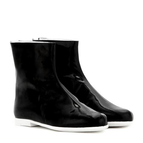 courreges patent leather ankle boots in black lyst