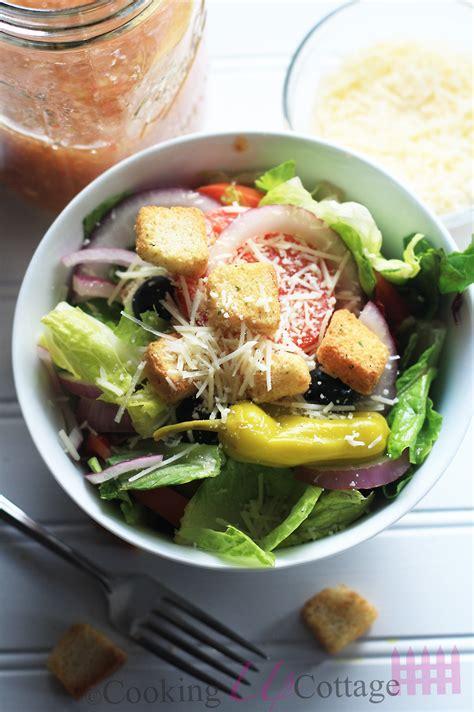 Copycat Olive Garden Salad by Copycat Olive Garden Salad Cooking Up Cottage