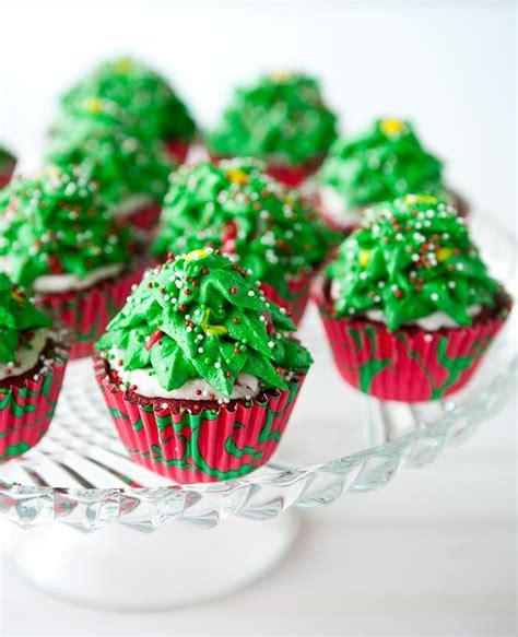 tree christmas cupcakes 7468 the wondrous pics