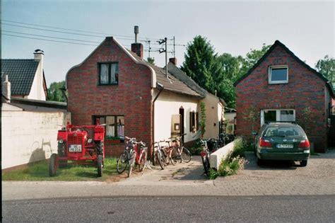wohnungen in dormagen kleine landwohnung 1 zimmer wohnung in d 252 sseldorf dormagen