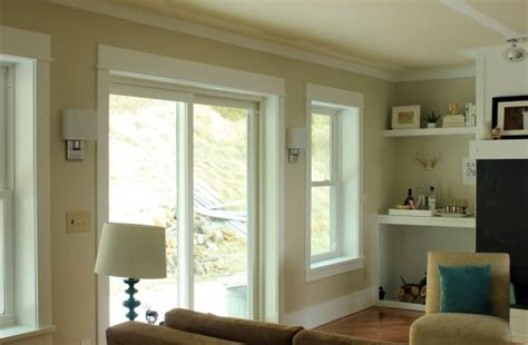 behr s sandstone cove pinner says it changes from beige to gray depending on light home