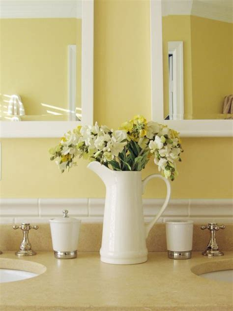best 25 yellow bathrooms ideas on pinterest