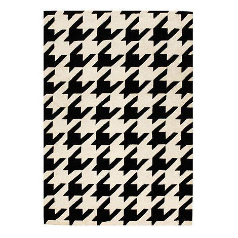 Debenhams Runner Rug Debenhams Black Houndstooth Rug At Debenhams Floor Pinterest Debenhams Carpet Design