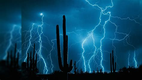 live themes laptop lightening storm over the desert 40 live wallpapers in
