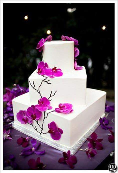 Simple Yet Beautiful Blooms by Five Things To Consider Before Choosing Your Wedding Cake