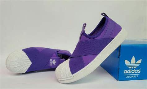 Sepatu Wanita Sepatu Adidas Superstar Hologram Black Import 17 terbaik ide tentang wanita adidas di adidas