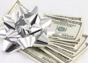 how much cash to give for a wedding determining appropriate cash gifts for a wedding lovetoknow