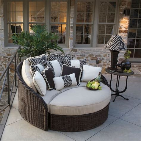 sedona wicker daybed  summer classics outdoor furniture