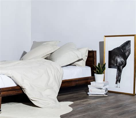 proper way to make a bed how do you make your bed 5 ways you haven t seen before snowe