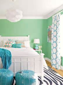 Mint Green Room Decor by 25 Best Ideas About Bright Colored Bedrooms On