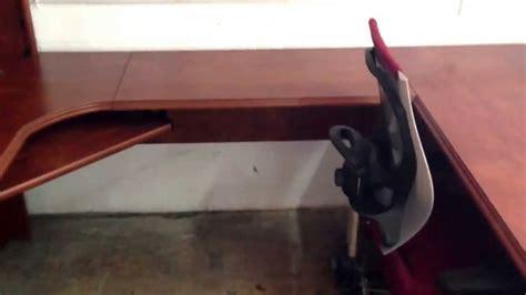 realspace broadstreet contoured u shaped desk realspace broadstreet u shaped desk in maple finish