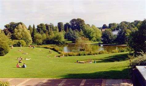 uni bathroom amphitheatre and lake university of 169 philip pankhurst geograph britain and