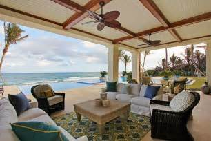 outdoor living spaces florida