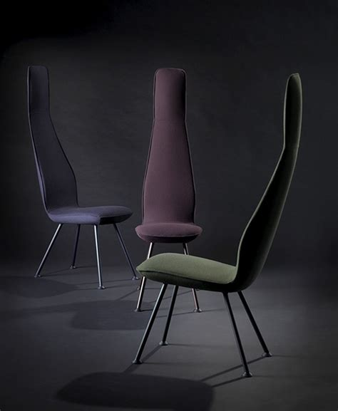 what chair colour for 2015 poppe chair is very narrow with a high chair back