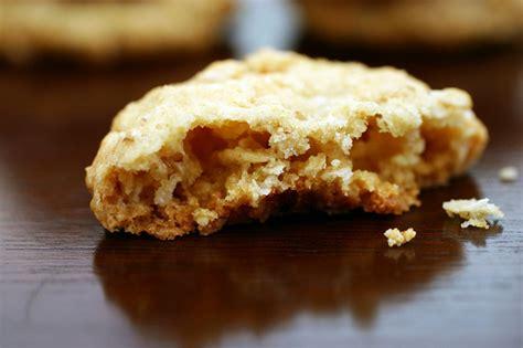 Smitten Kitchen Oatmeal Cookies by Crisp Salted Oatmeal White Chocolate Cookies Smitten Kitchen