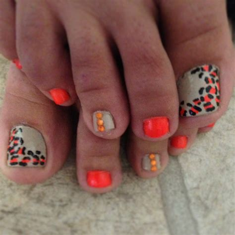 how to design toenails at home leopard toe nail designs how you can do it at home