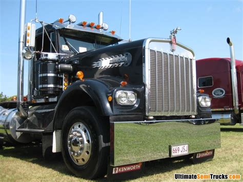 kenworth 2011 models w model kenworth just a truckin on the road