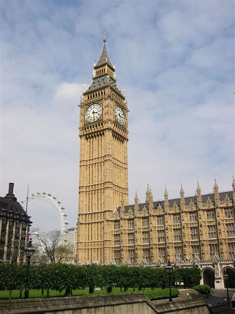 big ben big ben clock tower leaning a bit