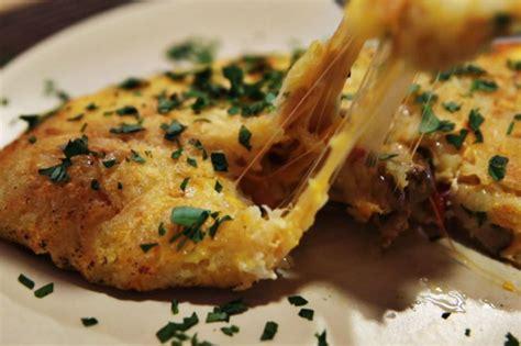 patatesli omlet tarifi patatesli etli omlet tarifi nasıl yapılır videolu