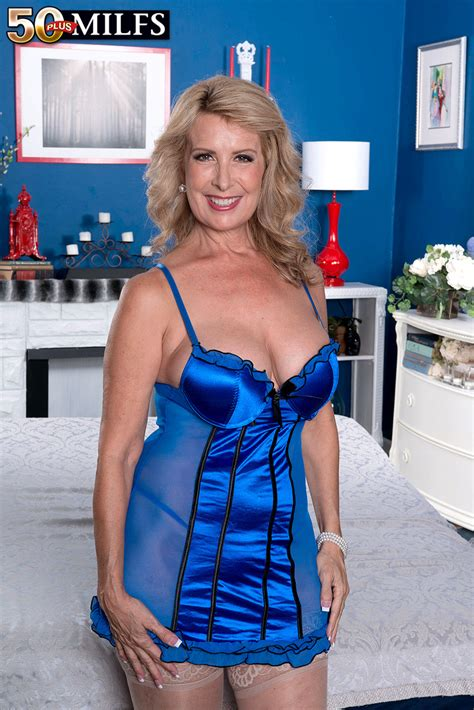 laura layne 4 mature lingerie sexy mature pinterest lingerie