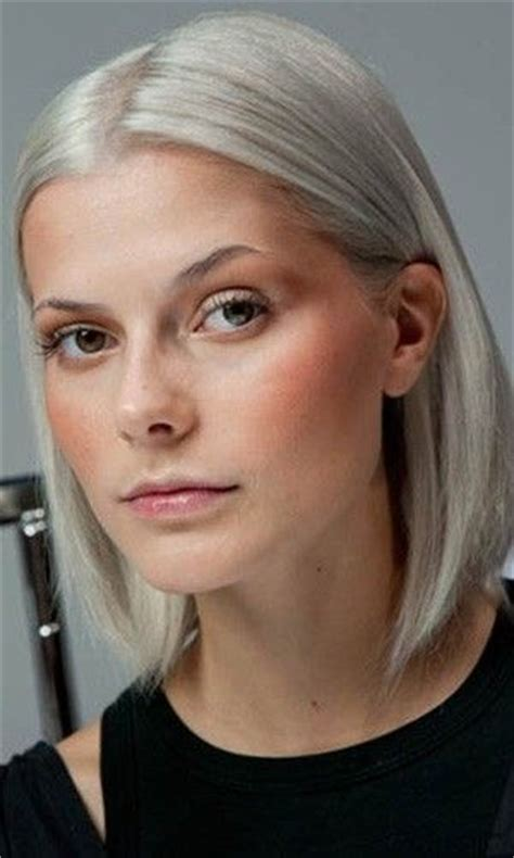 silver blonde hair trend for spring silver blond