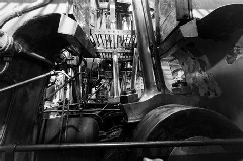 titanic engine room titanic engine room photos