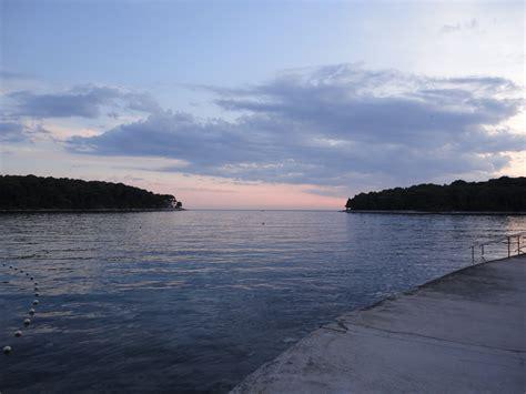 möbel mali lussino bel mare ma non in agosto viaggi vacanze e