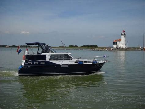 urk zeilboot huren yacht charter urk het adres met unieke motorkruisers in
