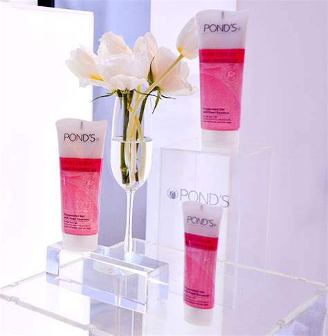 Empress Detox Pearls Reviews by The New Pond S Pearl Cleansing Gel Whitening Cleanser