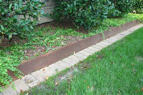 Metal Garden Edging Ideas What Should You In Buying Metal Landscape Edging Front Yard Landscaping Ideas