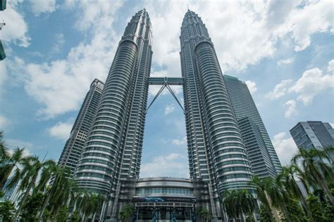 towers address petronas towers kl malaysia s attraction tour far east adventure travel