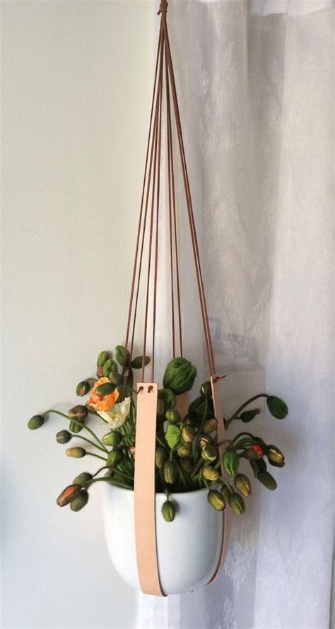 Diy Macrame Plant Holder - 25 best ideas about plant hangers on macrame