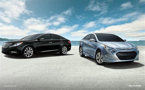 2013 Hyundai Sonata Hybrid Review by 2013 Hyundai Sonata Hybrid Review Car And Driver
