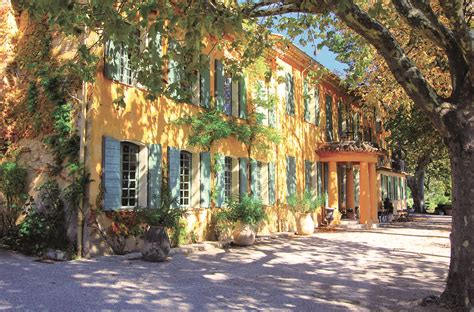 luxury hotel find domaine de la baume provence melting