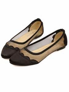 shoes for flat flat or plane shoes in all color and designs