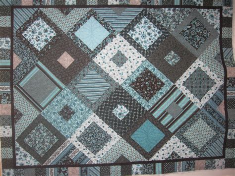 Brown Blue Quilt by Blue And Brown Quilt It S A Zizza