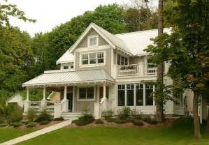 painting house exterior colors exterior house colors 8 to help sell your house bob vila