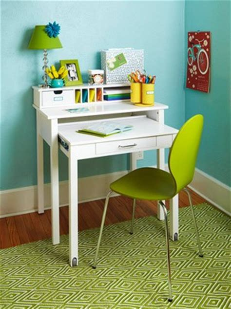 Small Kid Desk Bedroom Homework Desk