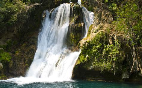 imagenes fuentes naturales de agua cascadas naturales y fuentes de agua modernas fuentes de