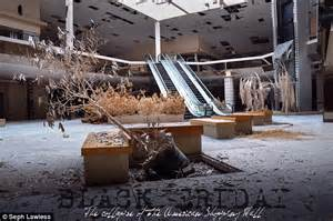 rolling acres mall snow gallery abandoned rolling acres mall in ohio transformed after a