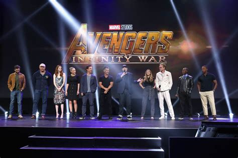 cast of the cast of avengers infinity war reunites at d23