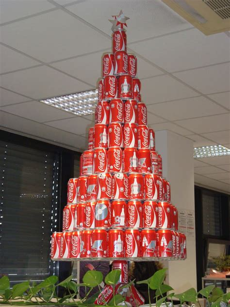 oh look a soda can christmas tree december 2011