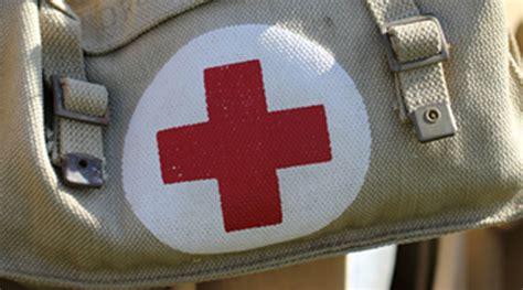 armadietto medicinali vediamocichiara armadietto dei medicinali i consigli di