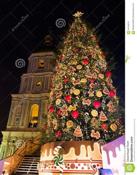 ukrain net on christmas tree new year tree on square in kyiv ukraine stock image image of illumination decorated
