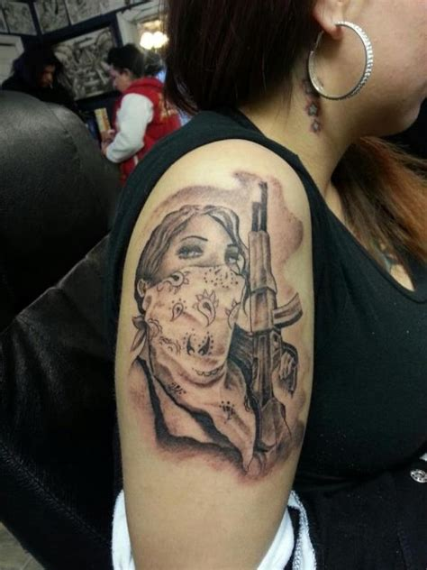 tattoo girl with gun gangsta tattoo images designs